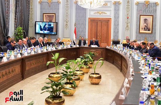 اللجنة العامة بالبرلمان  (1)