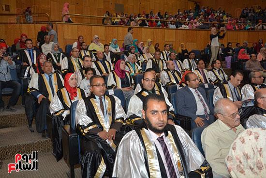 جامعة أسيوط (12)