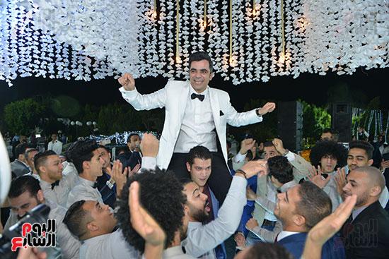 احتفال العريس
