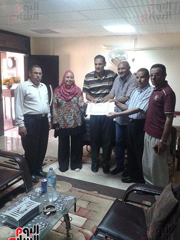 جمعية من أجل مصر بالداخلة (2)