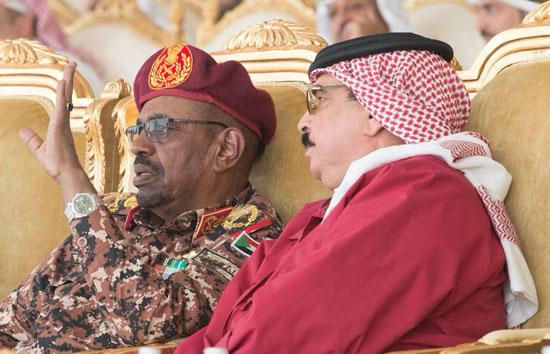 القادة العرب خلال فعاليات تمرين درع الخليج المشترك 1