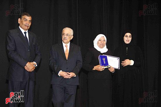 صور مسابقة تحدى القراءة العرب (26)