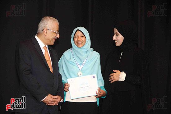 صور مسابقة تحدى القراءة العرب (36)