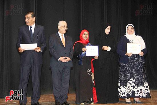 صور مسابقة تحدى القراءة العرب (29)