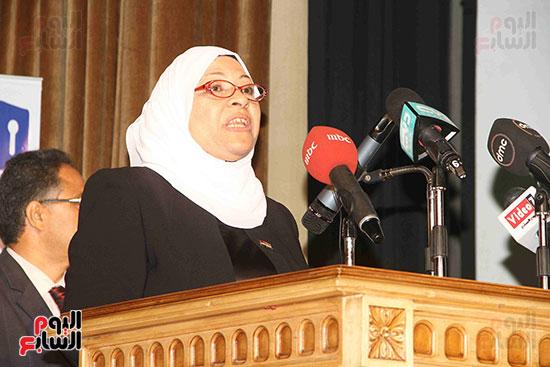 صور مسابقة تحدى القراءة العرب (10)