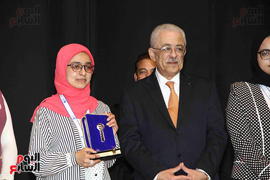 صور مسابقة تحدى القراءة العرب (42)