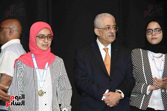 صور مسابقة تحدى القراءة العرب (40)