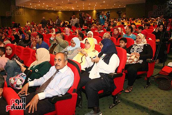 صور مسابقة تحدى القراءة العرب (49)