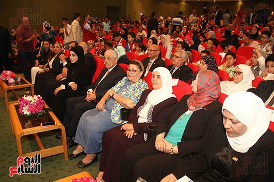 صور مسابقة تحدى القراءة العرب (7)