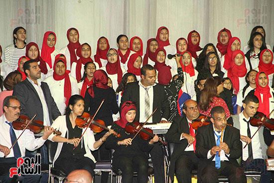 صور مسابقة تحدى القراءة العرب (16)