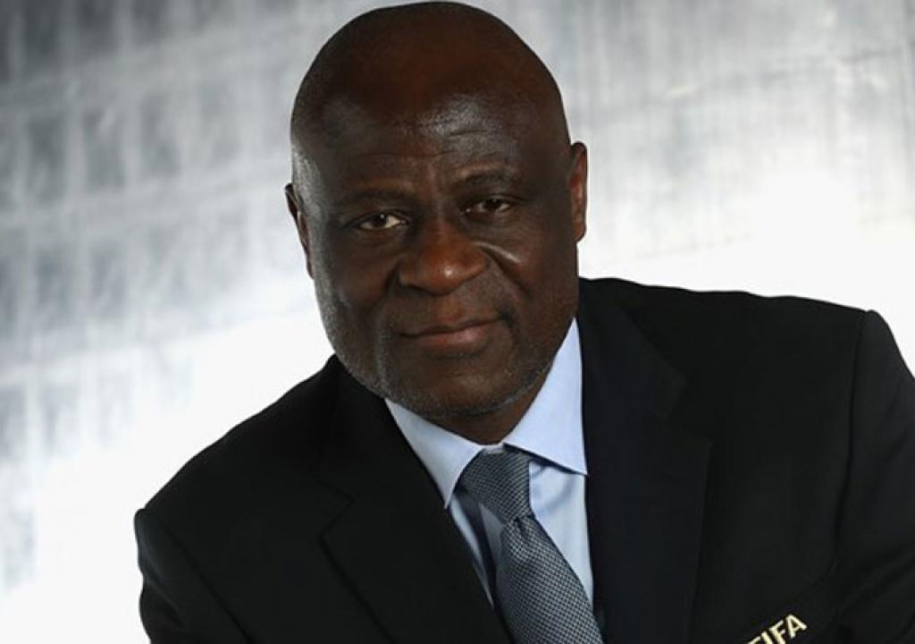 اعتقال نائب رئيس الكاف بتهمة اختلاس مليون دولار.. وأندية الكونغو ...
