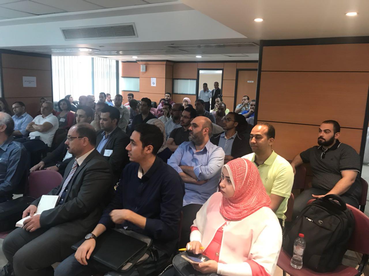 اجتماع الامازون مع دور النشر المصرية  (3)