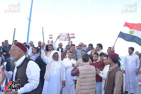 جانب من المسيرة الاحتفالية لأهالى وقيادات مطروح.