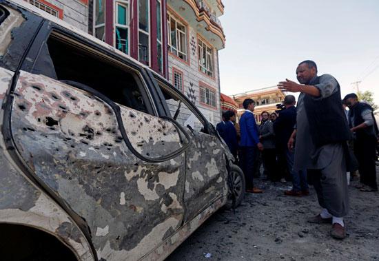 سيارة محطمة إثر تفجير فى أفغانستان