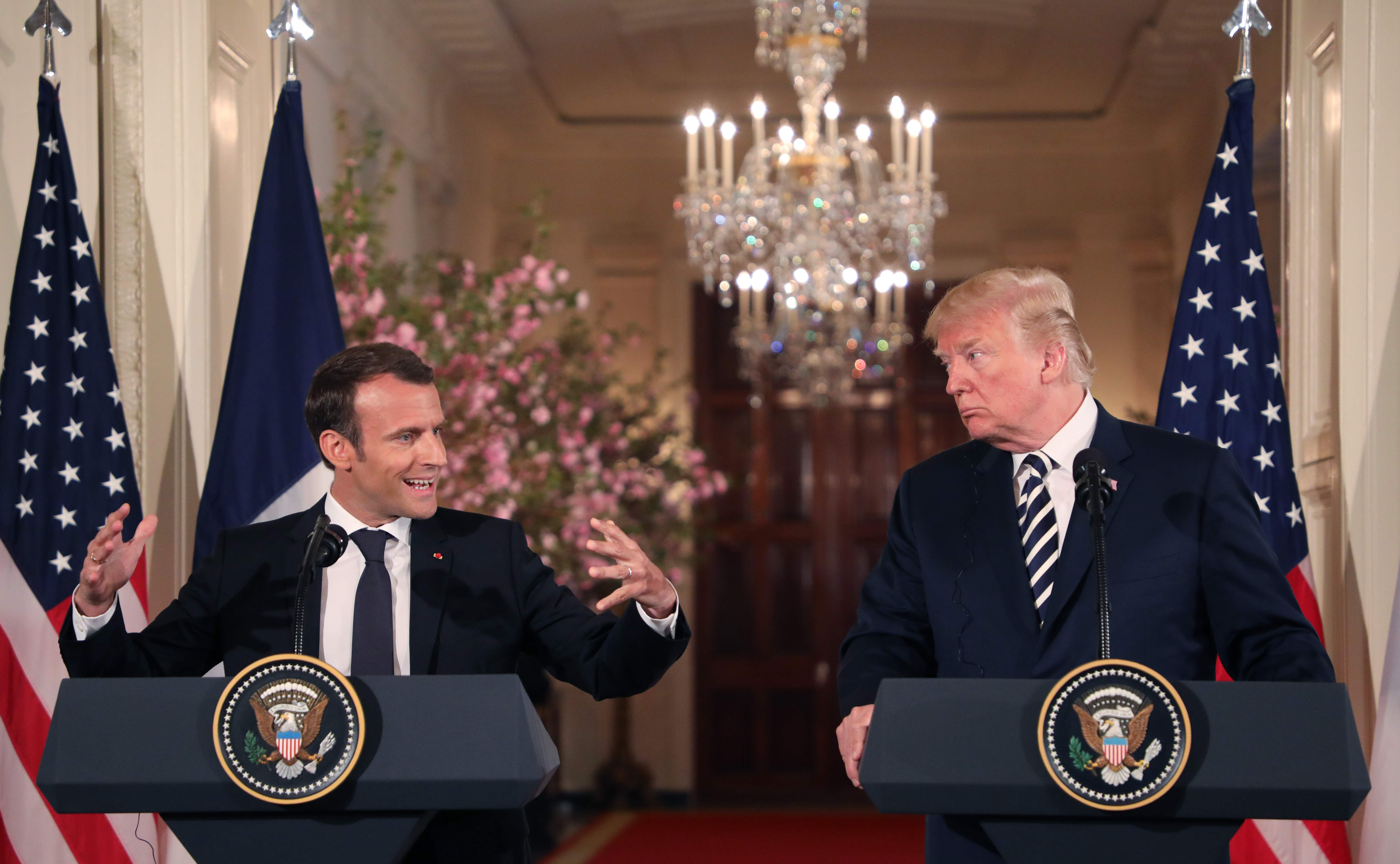 مؤتمر صحفى بين الرئيس الأمريكى والفرنسى