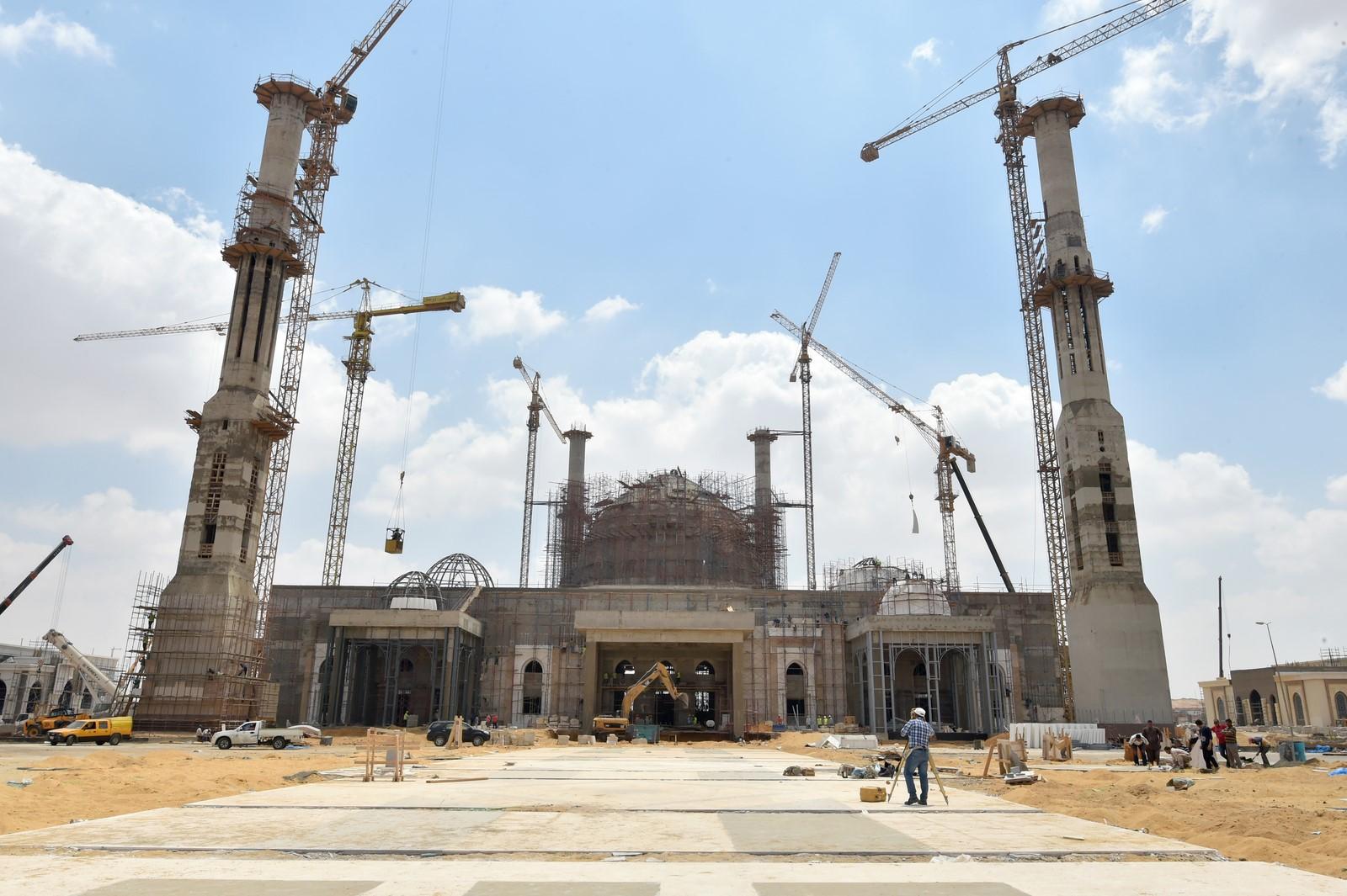 مسجد العاصمة الإدارية  (4)