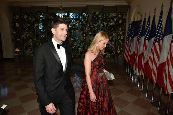 بول ريان وزوجته