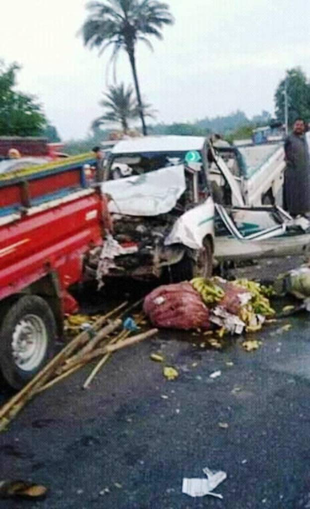 اثار الحادث  (2)