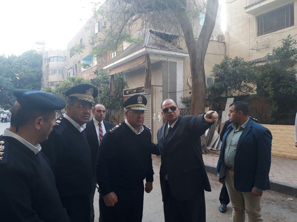 مدير الأمن يتابع مع القيادات الحالة الأمنية