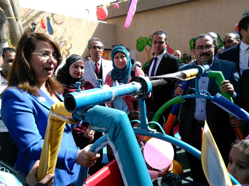 وزيرة التضامن تفتتح حضانة دامجة ومركز المطرية لرعاية أطفال التوحد (3)