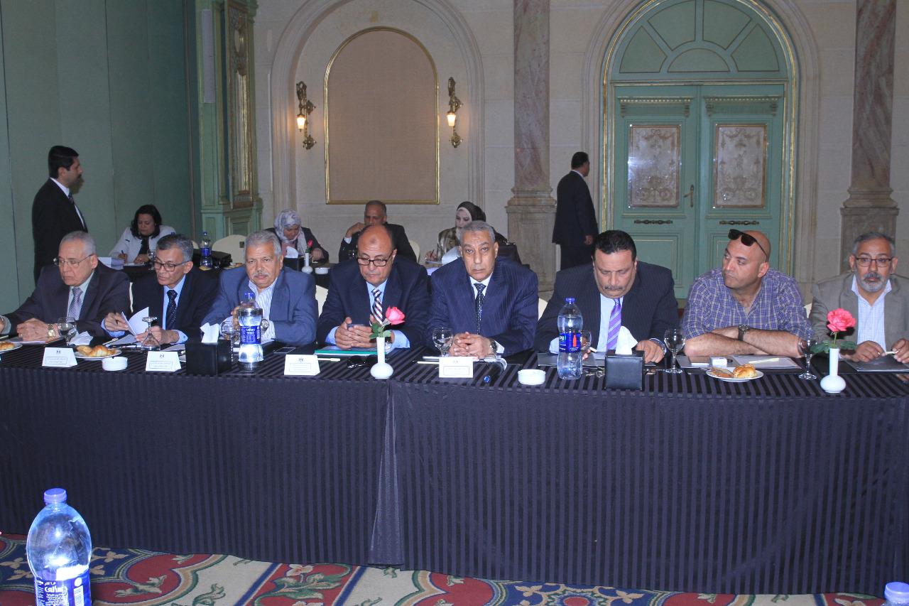 جانب من اجتماع شركة النيل لإنشاء الطرقd