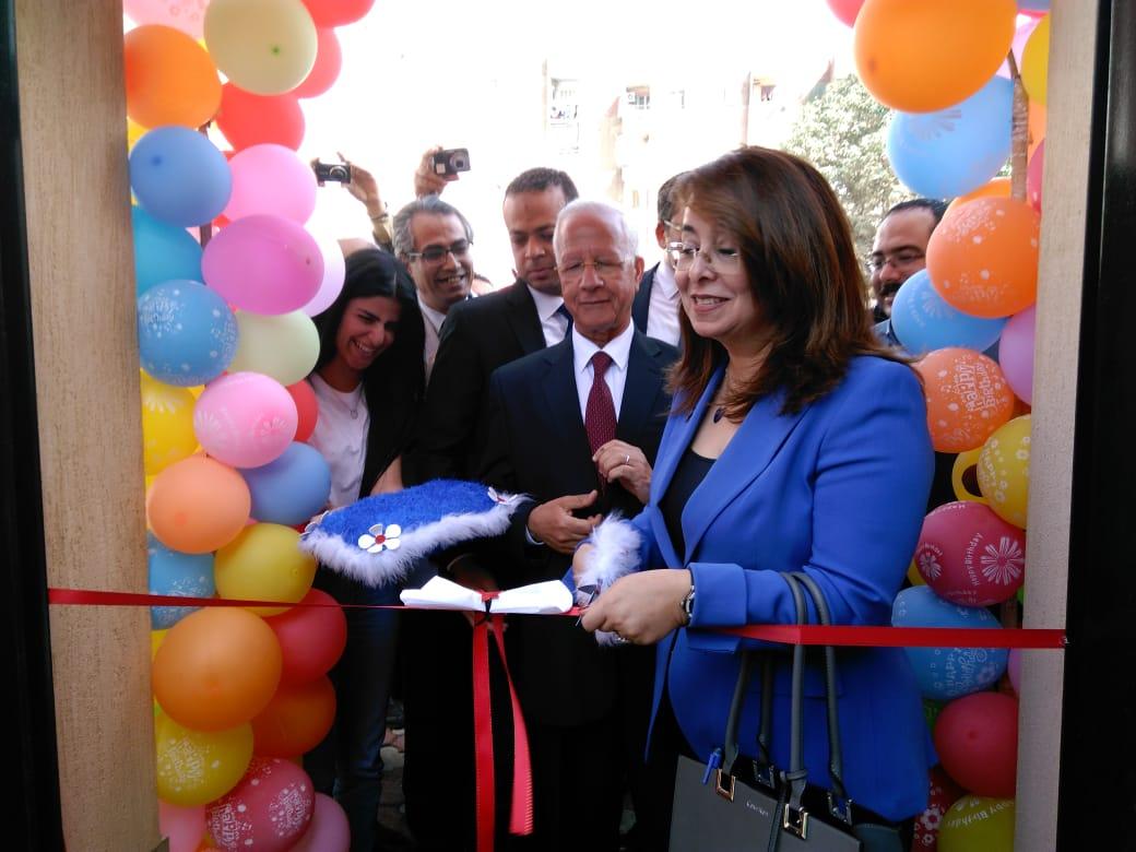 وزيرة التضامن تفتتح حضانة دامجة ومركز المطرية لرعاية أطفال التوحد (1)