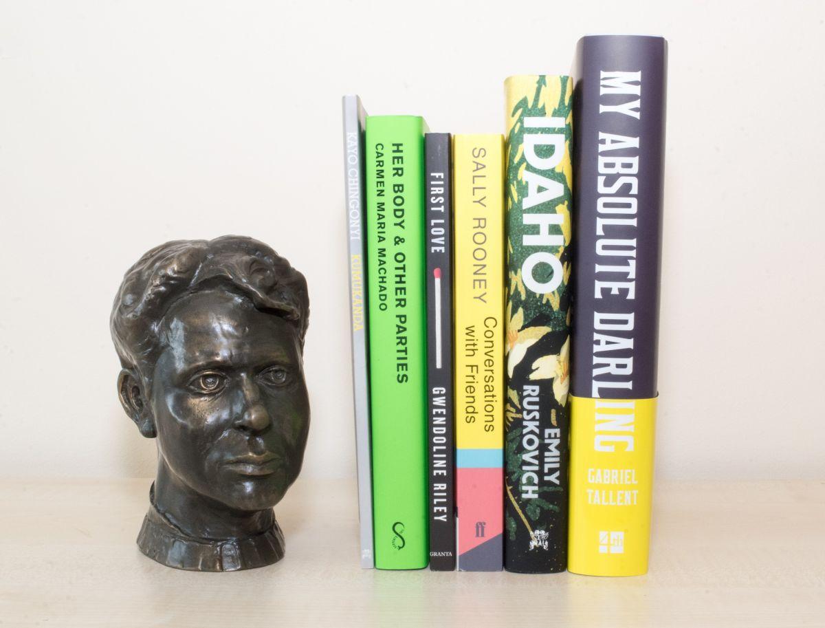 روايات القائمة القصيرة لـ جائزة ديلان توماس