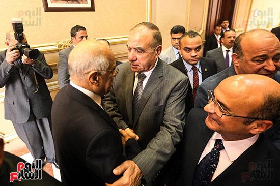 شريف اسماعيل وابو بكر الجندى و على عبد العال (25)