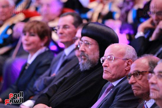حفل ختام المؤتمر العلمى الدولى السابع لجامعة عين شمس (10)