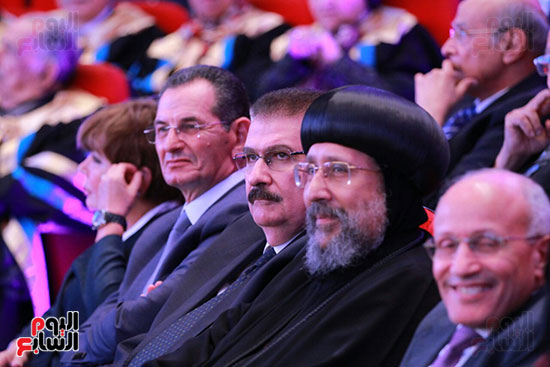 حفل ختام المؤتمر العلمى الدولى السابع لجامعة عين شمس (5)