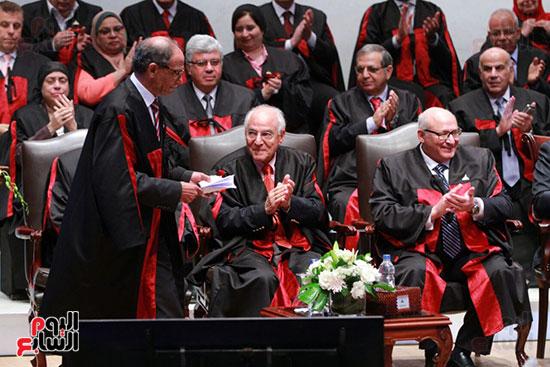 حفل ختام المؤتمر العلمى الدولى السابع لجامعة عين شمس (30)