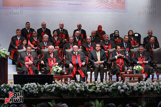 حفل ختام المؤتمر العلمى الدولى السابع لجامعة عين شمس (18)