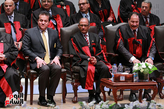 حفل ختام المؤتمر العلمى الدولى السابع لجامعة عين شمس (34)