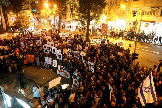 احتجاجات حاشدة ضد الكيان الصهيوني بسبب ترحيل المهاجرين الأفارقة بالقدس