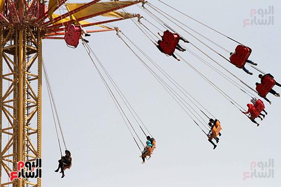 صور حتفالات كبرى لـ10 آلاف طفل يتيم بمدينة الألعاب دريم بارك (4)