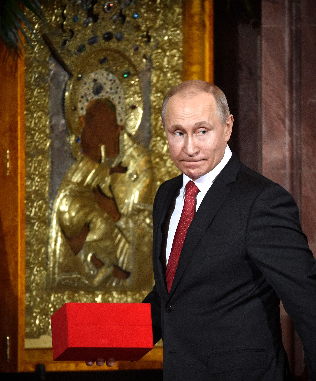 الرئيس الروسى يحضر قداس عيد الفصح