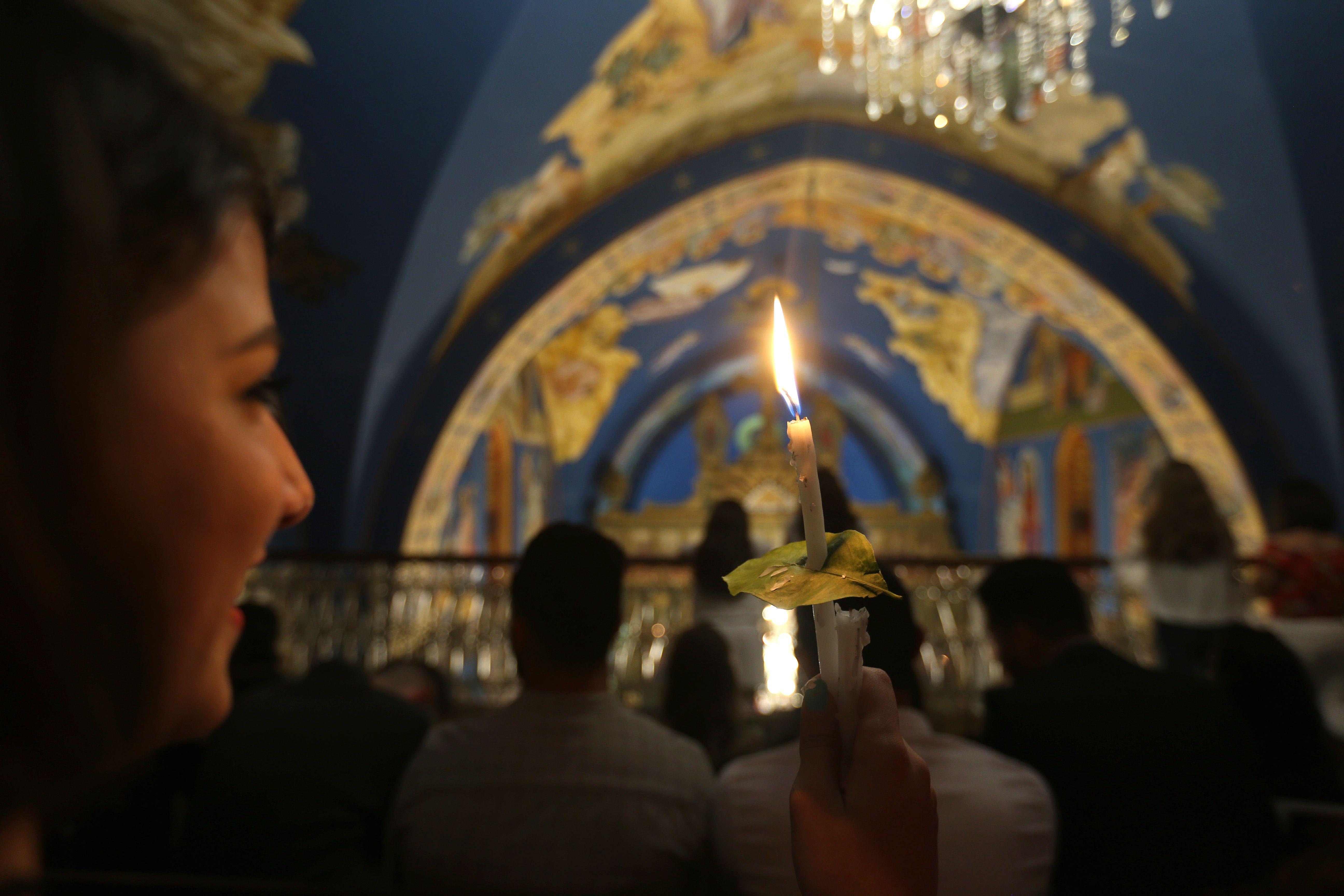 احتفالات عيد القيامة فى كنيسة سانت بورفيريوس بمدينة غزة