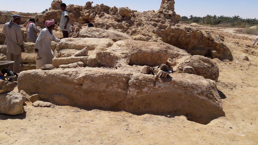 الكشف الأثرى بواحة سيوة (4)