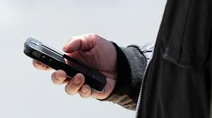 الهاتف المحمول وحوادث الطرق