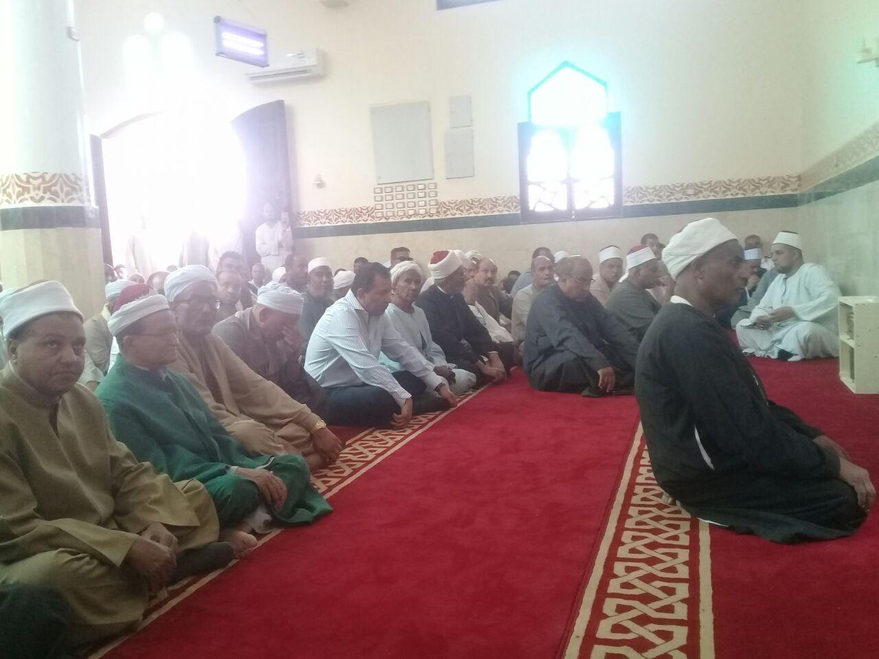 محافظ الأقصر يشهد فعاليات افتتاح المسجد باسنا