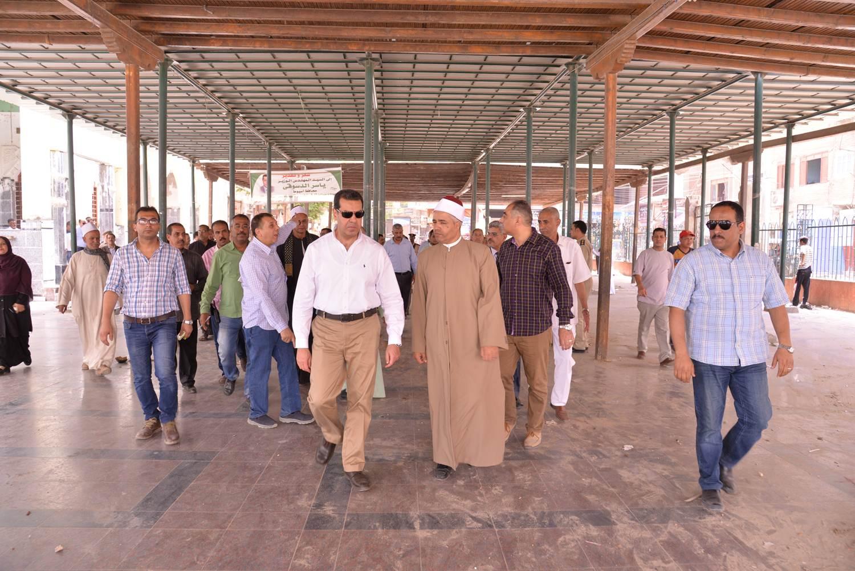 تفقد أعمال تطوير مسجد الفرغل (23)