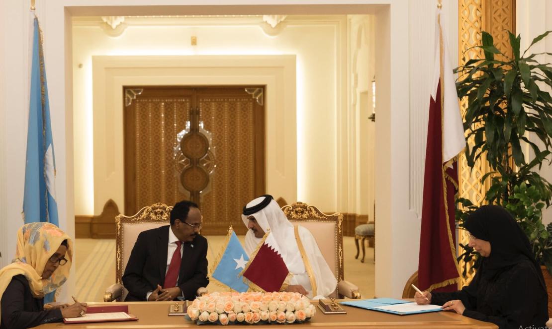 لقاء أمير الارهاب مع رئيس الصومال