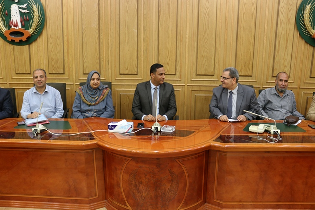 سكرتير عام المنوفية يشهد اجتماع اللجنة المحلية للخدمة العامة بالديوان العام
