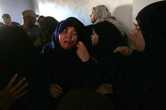 والدة شهيد فلسطينى