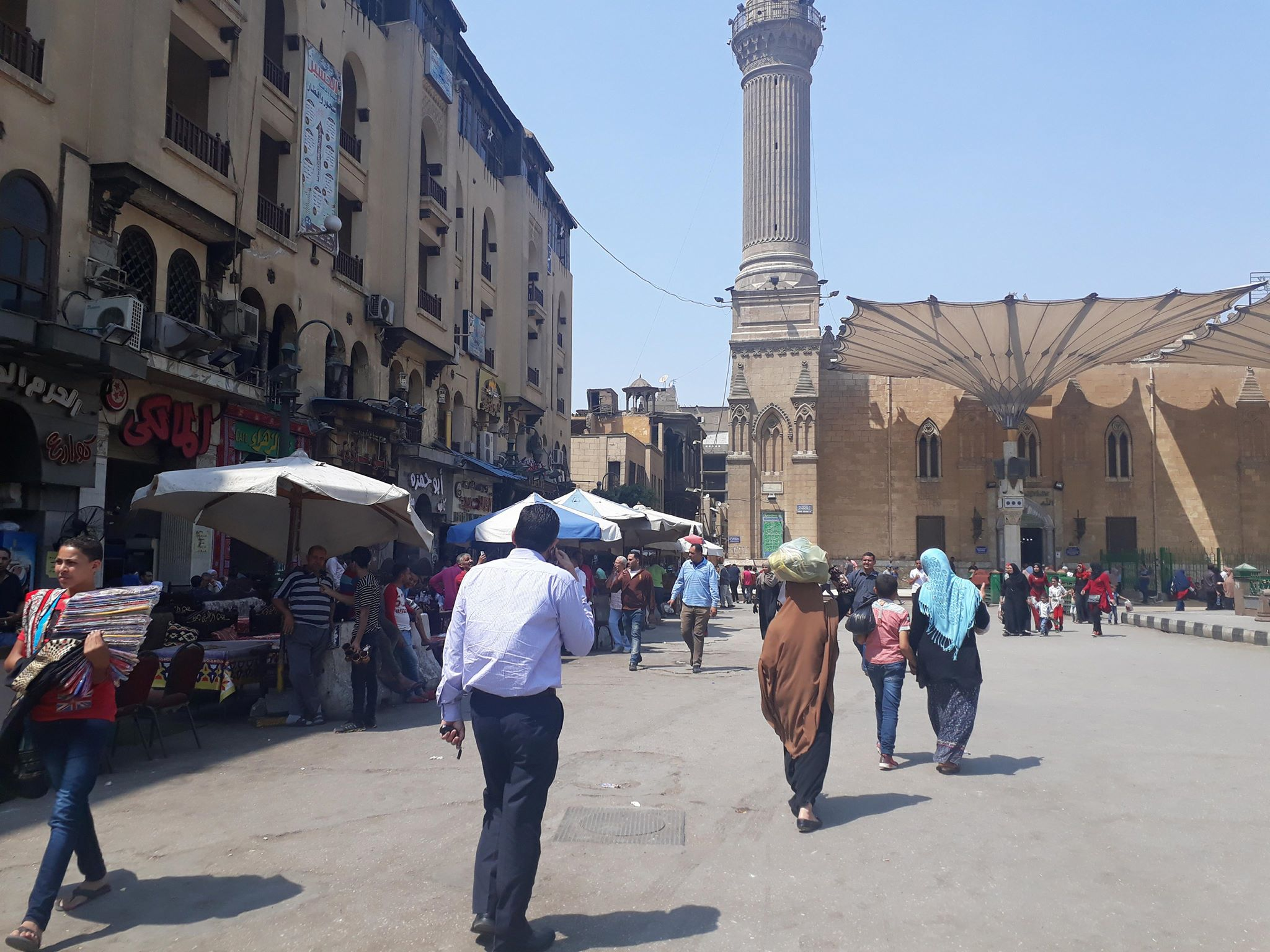 مقاهى الحسين (4)