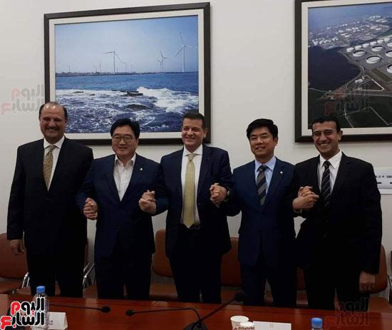 وفد البرلمان المصرى فى كوريا (1)