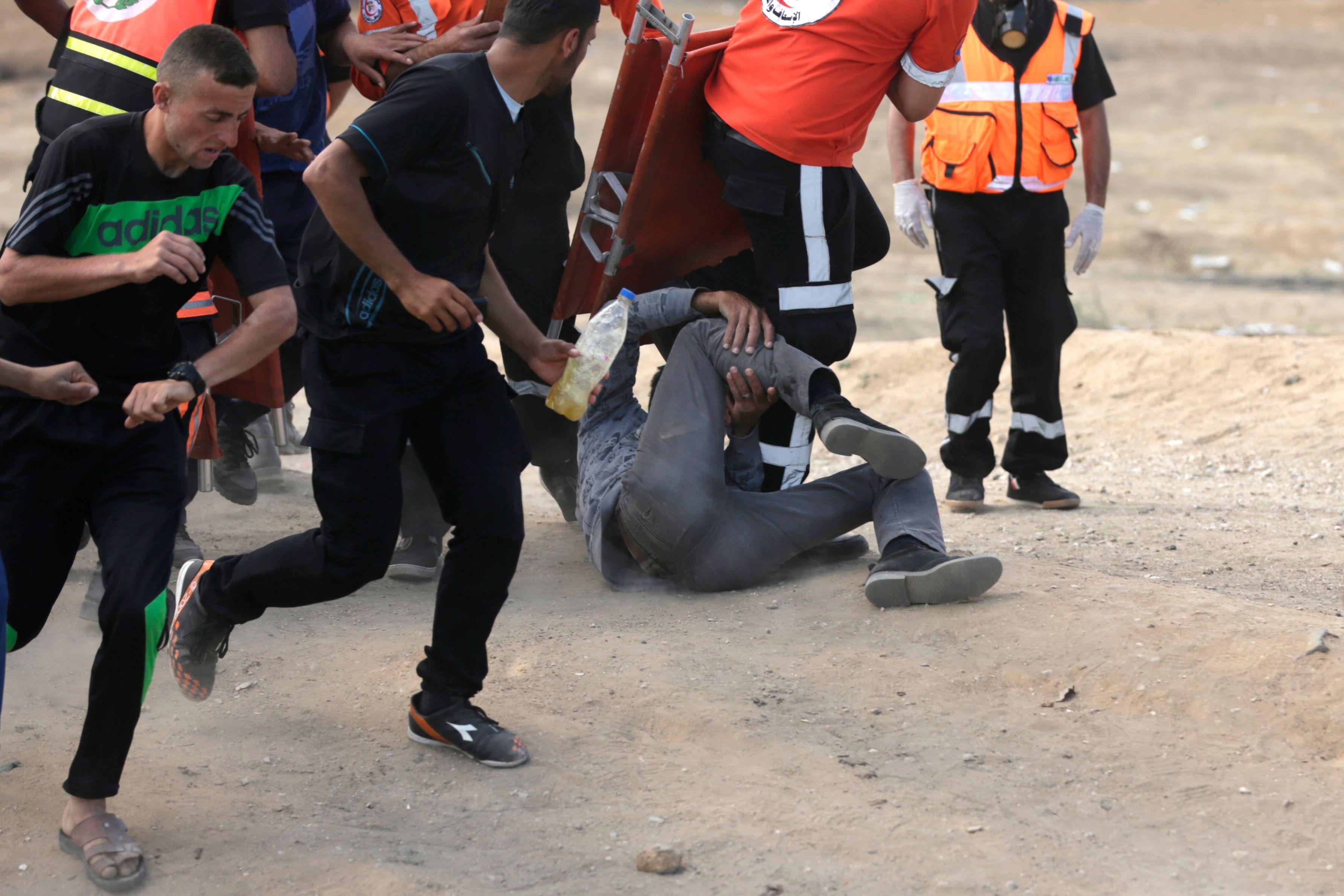 إصابة شاب فلسطينى برصاص الاحتلال فى غزة