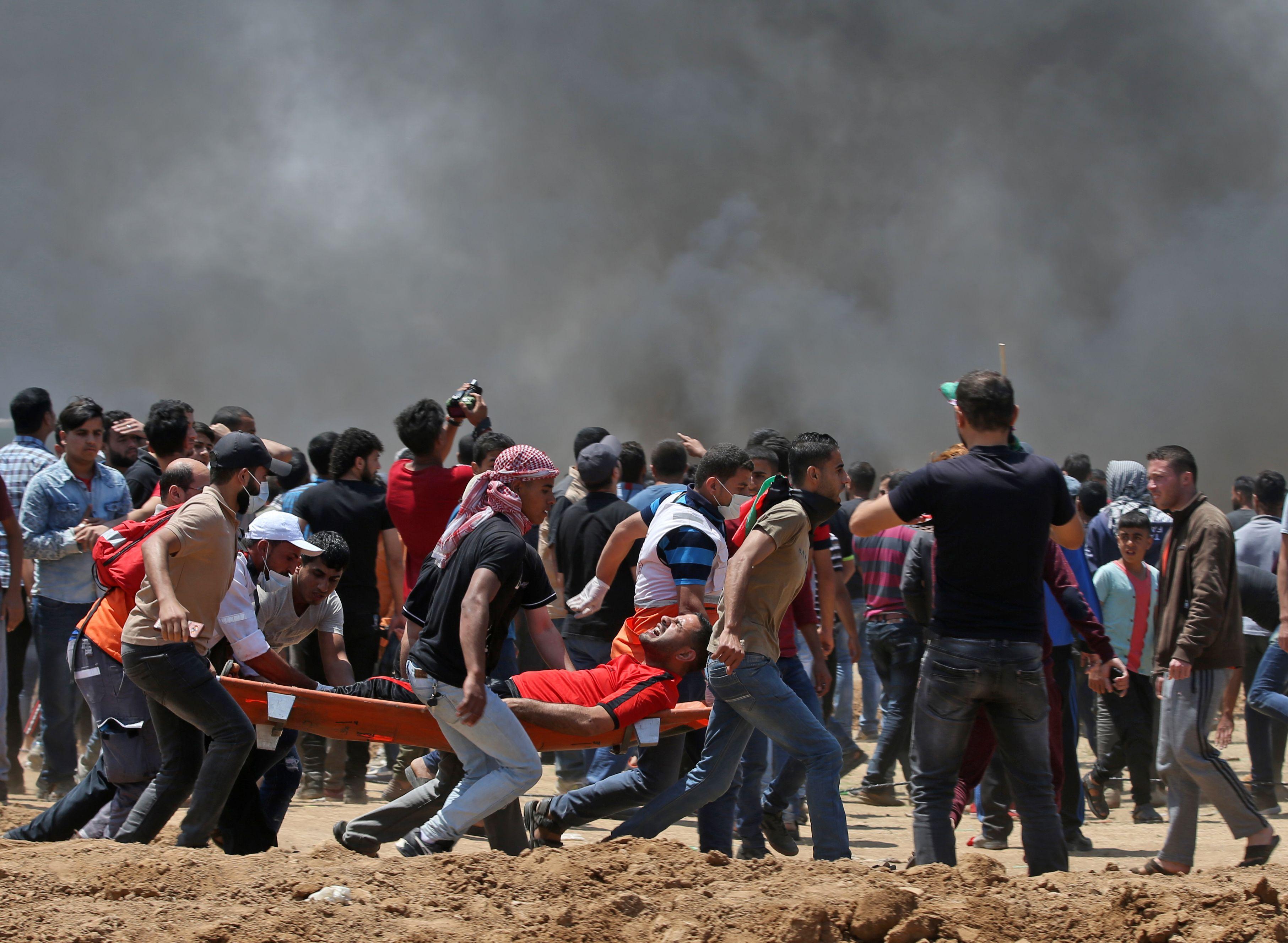 إصابات فى صفوف الفلسطينيين على حدود غزة