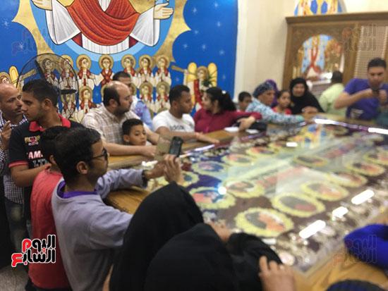 صور مقبره شهداء اقباط المنيا (25)