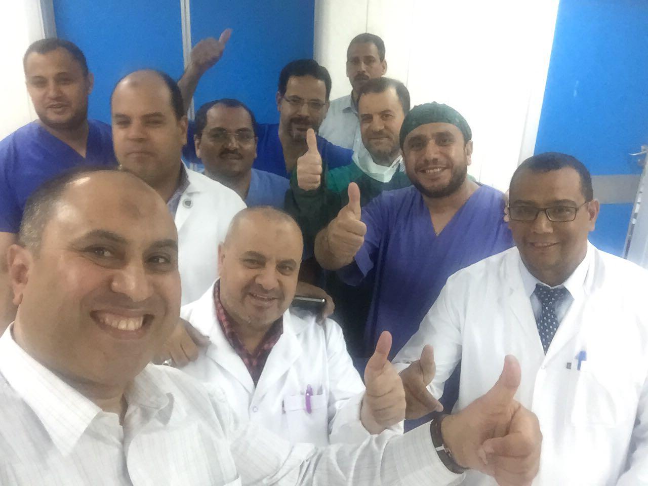 3- سعادة بإجراء أول عملية جراحية بمركز كبد كفر الشيخ